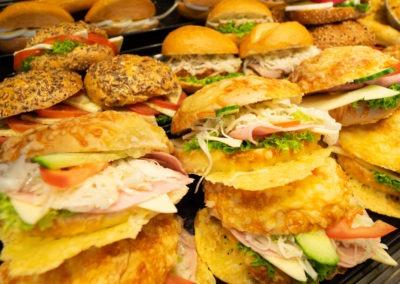 baeckerei-kayser-snacks-belegte-broetchen